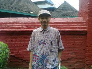 Saya lagi di kompleks Kesultanan Kesepuhan Cirebon
