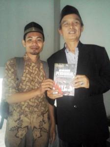 Bersama Prof. Dr. H. Khairul Wahidin, M.Ag (Rektor Universitas Muhammadiyah Cirebon)