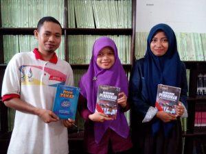 pembaca-buku-1